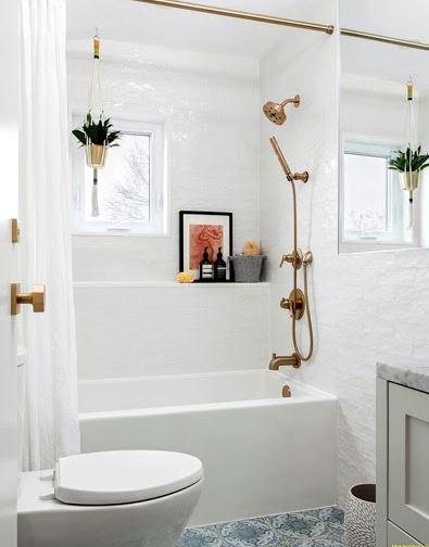 Thêm một gợi ý phòng tắm khác với gam màu sáng bắt mắt
